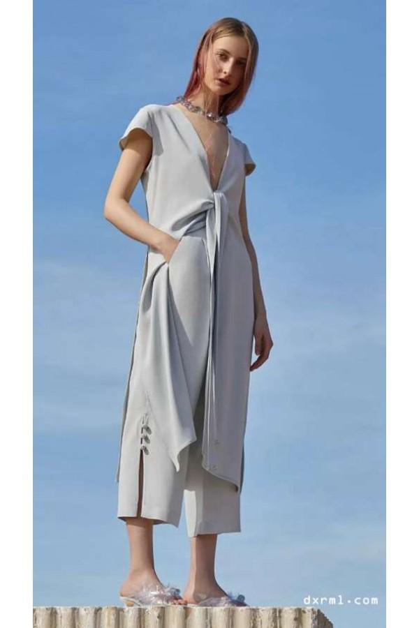 灰色极简主义,春夏时尚,柔和现代