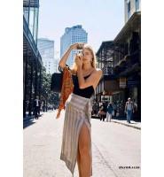 时尚圈复古元素盛行:亚麻半裙-1