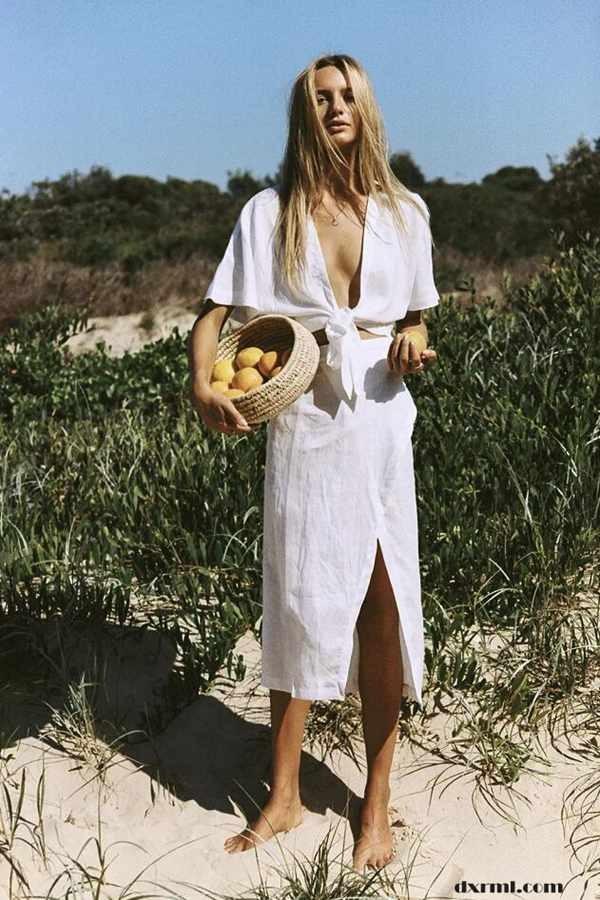 时尚圈复古元素盛行:亚麻半裙同色呼应亚麻小衫