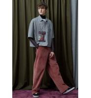 灯芯绒自带复古文化潮流元素,看灯芯绒裤子如何穿搭,引爆时尚~
