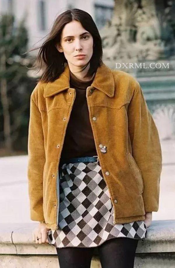 休闲帅气的灯芯绒夹克