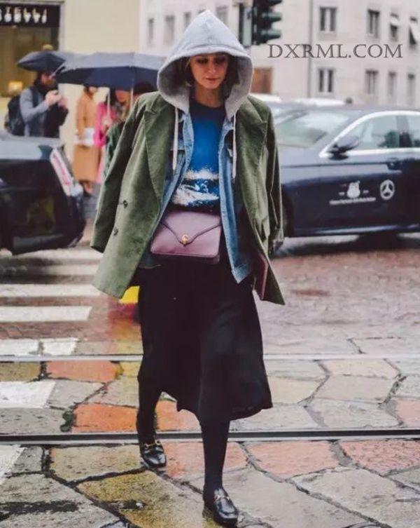 灯芯绒外套搭配格纹阔腿裤
