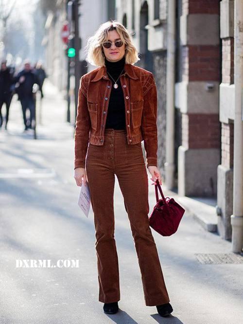 灯芯绒修身长裤搭配灯芯绒小短外套
