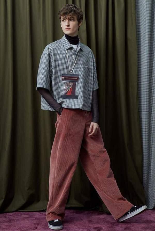 灯芯绒裤子